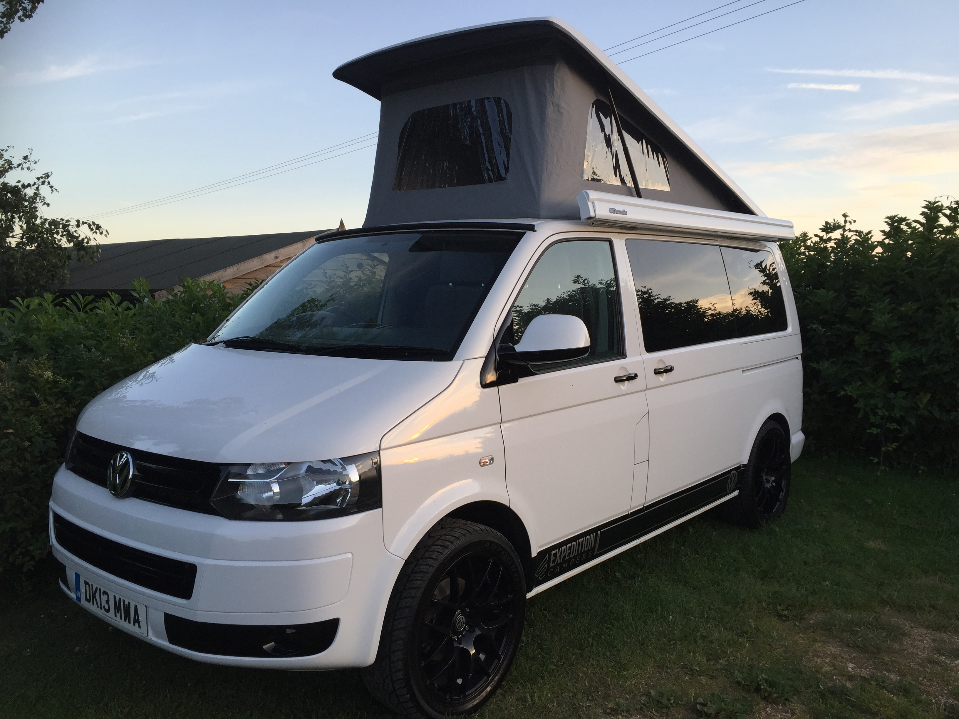 vw t5 expo trek camper swb 102 now sold expedition campers. Black Bedroom Furniture Sets. Home Design Ideas