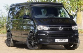 VW T5 SPORTLINE 140BHP TAILGATE LWB EXPO BLACK EDITION***AIR CON***SOLD